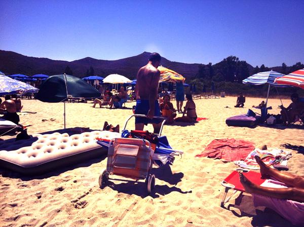 hamaca carro para llevar las cosas de los niños a la playa