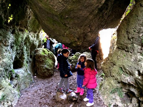ruta de los callejones vacaciones en cuenca con niños