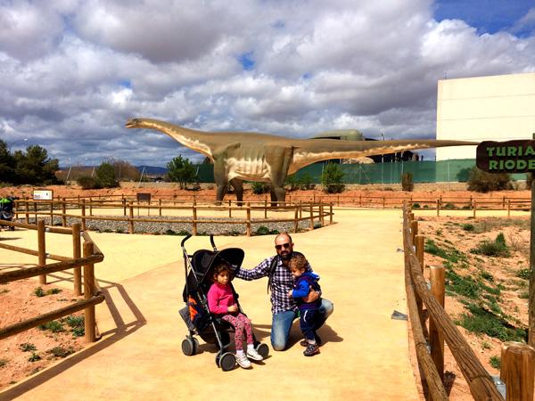 tierra-magna Dinopolis Teruel con niños