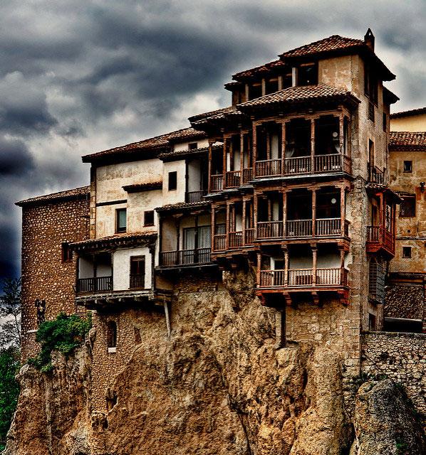 Casas colgadas Foto de JoséLuis Mieza (CC)