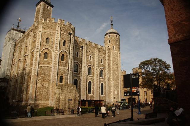 torre de LOndres Londres con niños