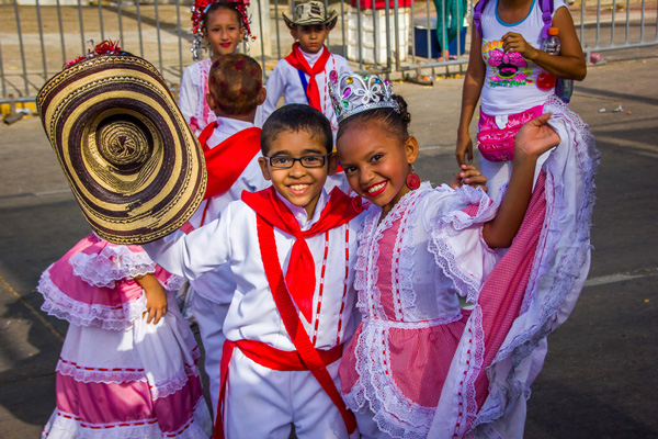 carnaval-barranquilla con niños