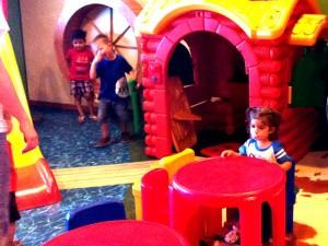 ferry zona de juegos niños
