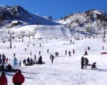 Cómo preparar un viaje de esquí con niños