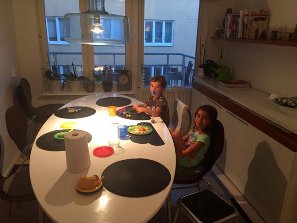 cena en apartamento estocolmo