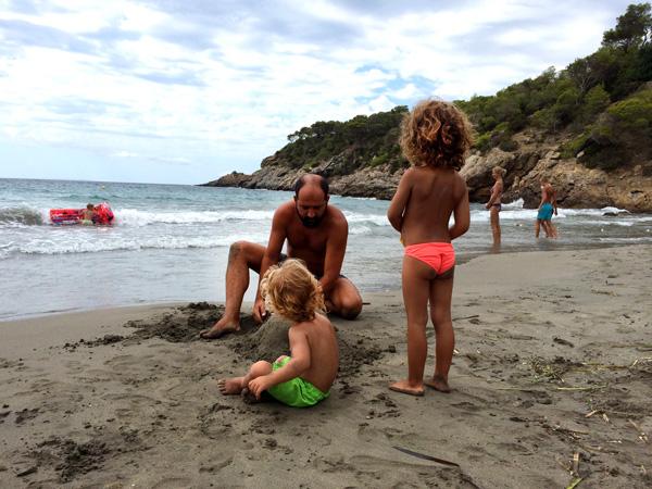 vacaciones en ibiza con niños cala boix