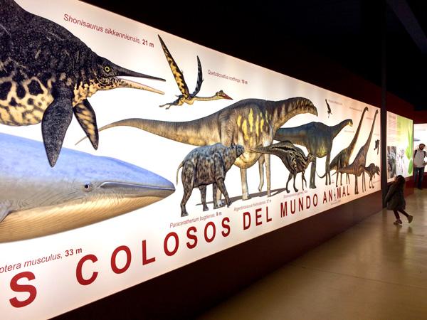Dinopolis Titania Teruel con niños