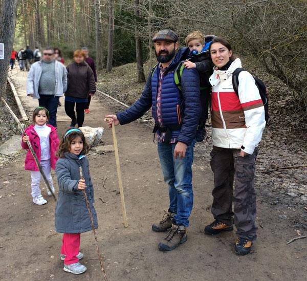 recorrer el Nacimiento Rio Cuervo Cuenca con niños