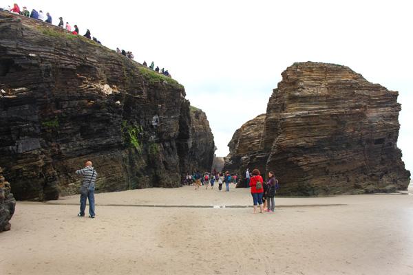 playa de las catedrales galicia con niños