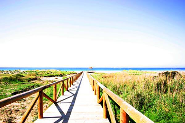 Playa-Zahara-de-los-atunes. Foto de Gades-Melkart de Dominio Público