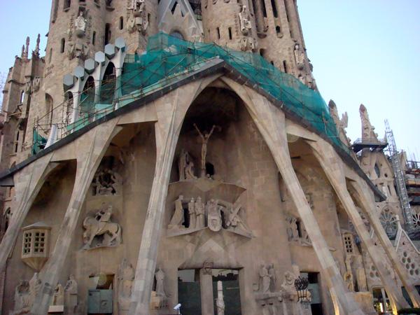 sagrada familia Barcelona con niños