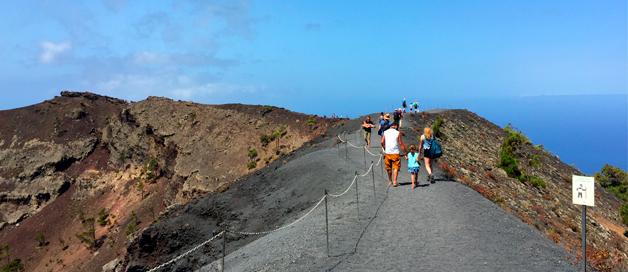 Excursión al Volcán San Antonio y Salinas de Fuencaliente