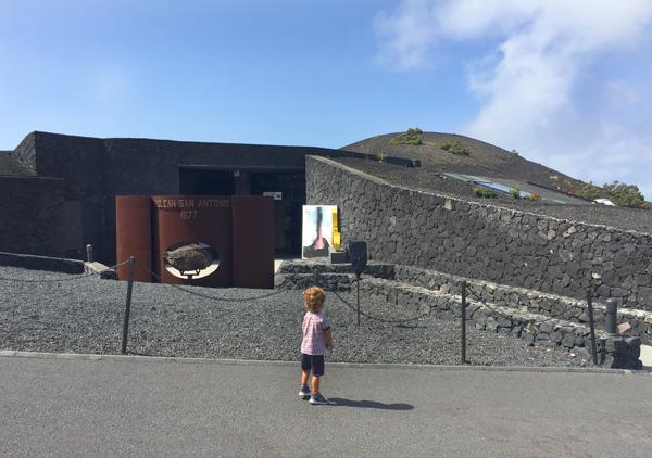 San antonio centro interpretacion La Palma con niños
