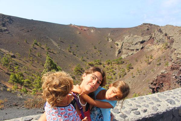 interior volcan san antonio La Palma con niños