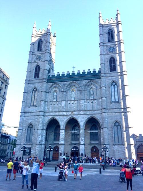 Basilica de Notre dame Montreal