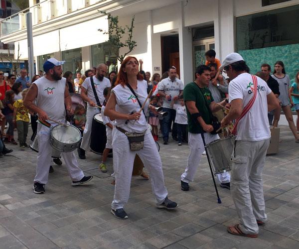 batucada festival Barruguet Ibiza con niños