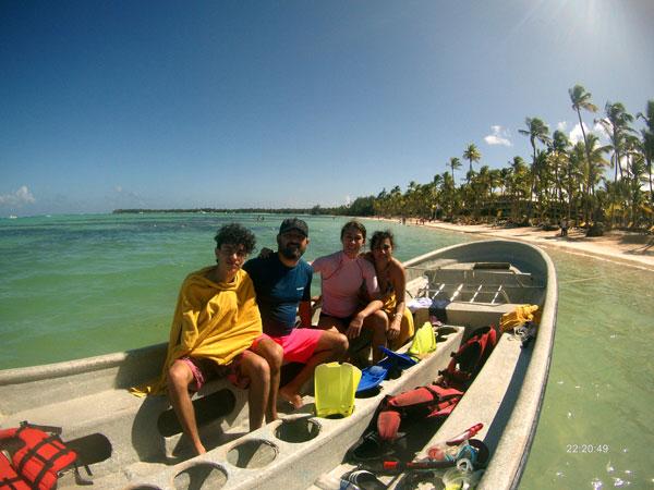 el Caribe con niños snorkel