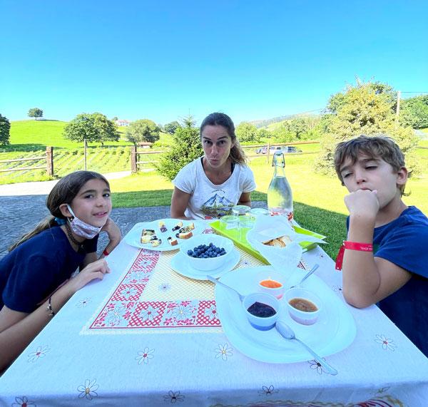 degustacion arandanos cantabria con niños